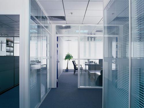 高端铝型材玻璃隔断21