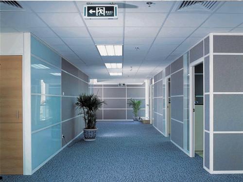 高端铝型材玻璃隔断20