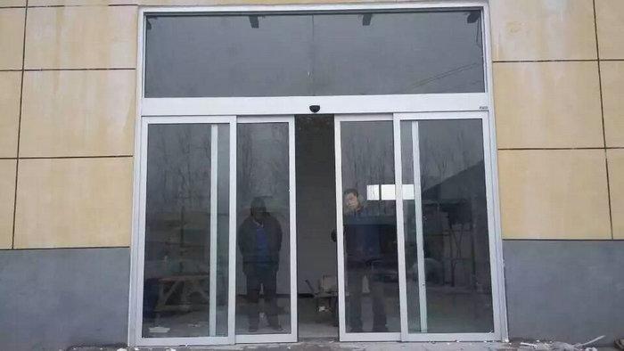 自动型材门12